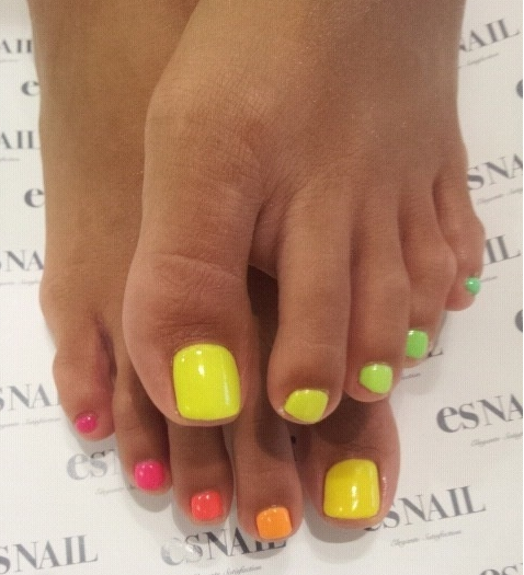 ombre toes